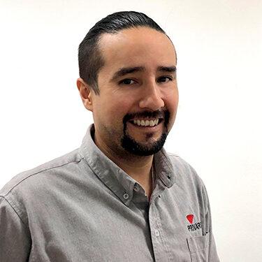 Roberto_Alvarez